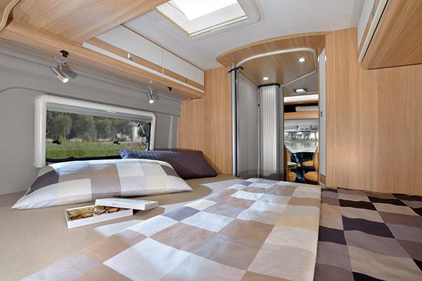 compact-standard-4_first-class-reisemobile