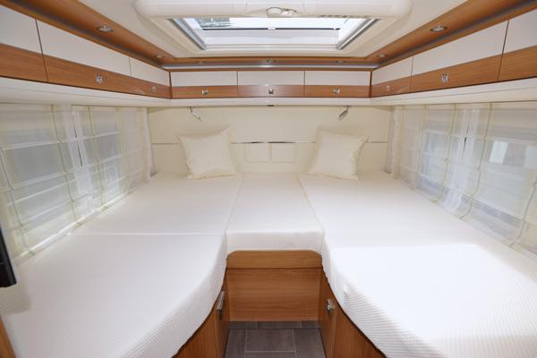 premium-luxury-4_first-class-reisemobile